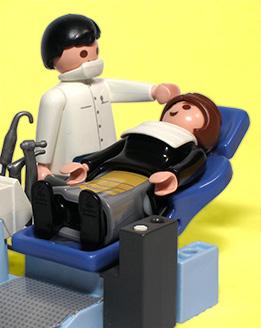 Un dentiste et sa patiente